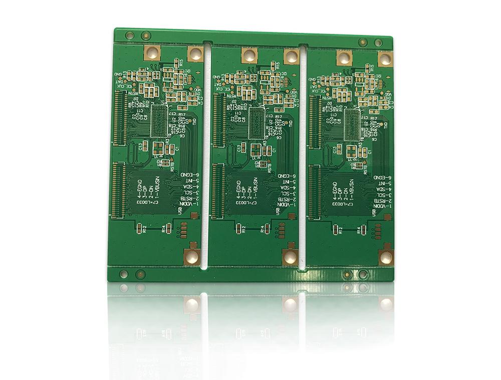 (即Printed Circuit Board)的简称。又称印制电路板、印刷线路板,由于它是采用电子印刷术制作的,故被称为印刷电路板。 印刷电路板是组装电子零件用的基板,是在通用基材上按预定设计形成点间连接及印制元件的印制板。该产品的主要功能是使各种电子零组件形成预 定电路的连接,起中继传输的作用,是电子产品的关键电子互连件,有电子产品之母之称。PCB作为电子零件装载的基板和关键互连件,任何电 子设备或产品均需配备。 PCB特点有高密度化,高可靠性,可设计性,可生产性,可组装性和可维护性六个方面。